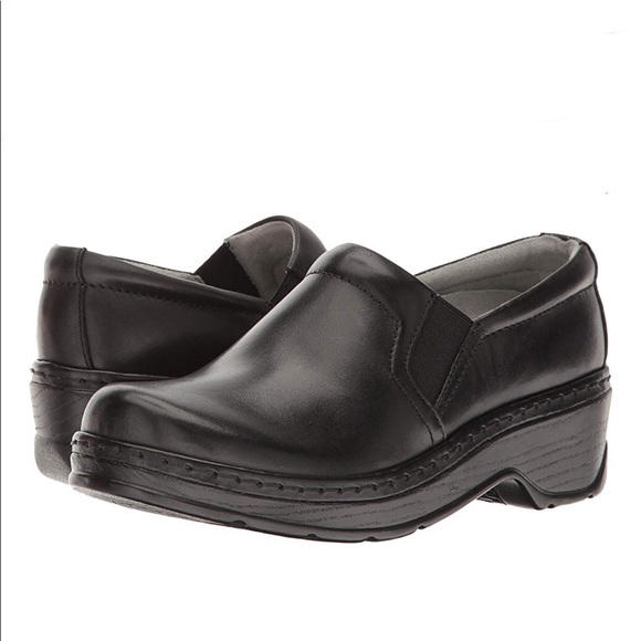 a62d0ebe639a KLOGS Naples Leather Slip on clogs Women s size 11